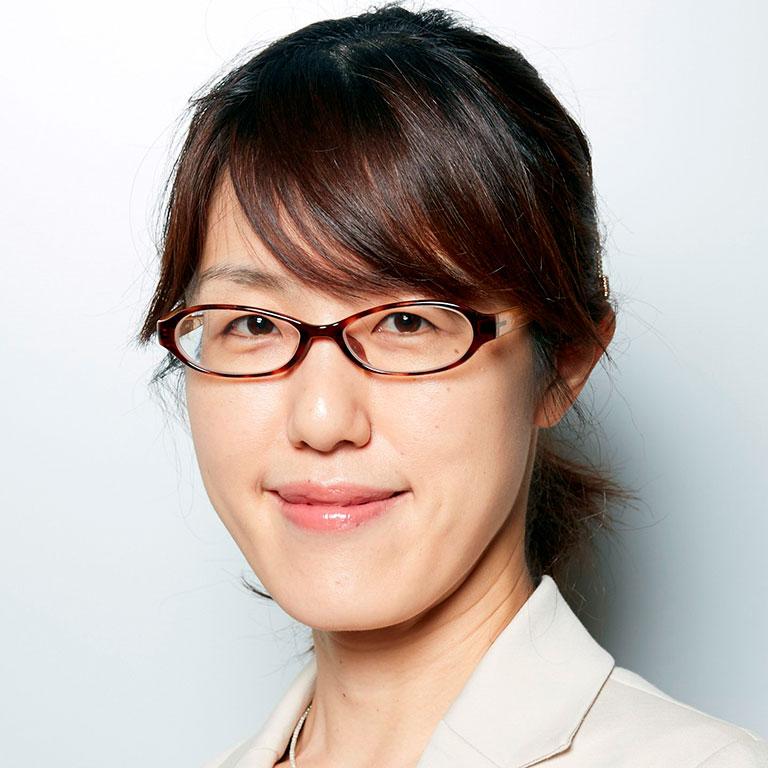 坂田麻実子